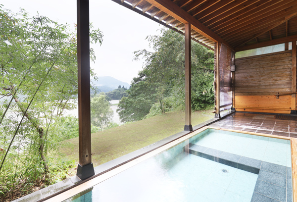 女性用の露天風呂からの眺望です